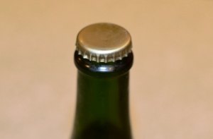 Coup de Foudre Bottle Top