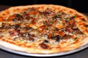 Gasto Bar Mushroom Pizza