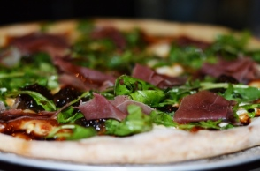 Gastro Bar Fig Pizza Prosciutto