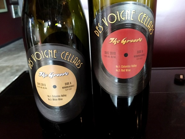 Des Voigne Cellars Groove White and Red