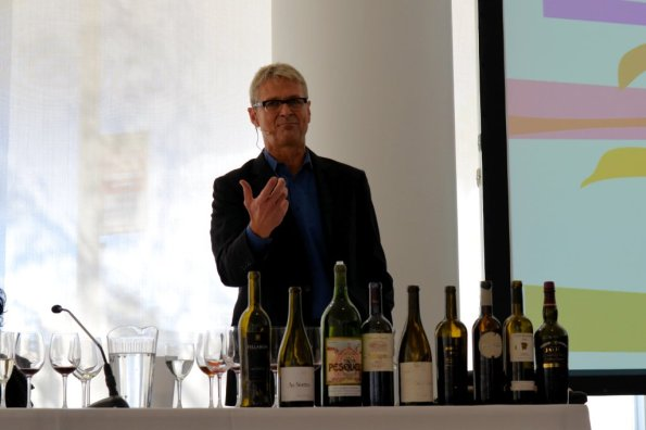 Steve Olson presenting at Spanish Wines Seminar