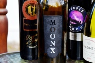 MOON ONX red wine