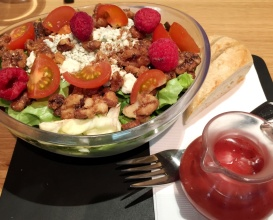 raspberry pecan salad at SF Uncork'd