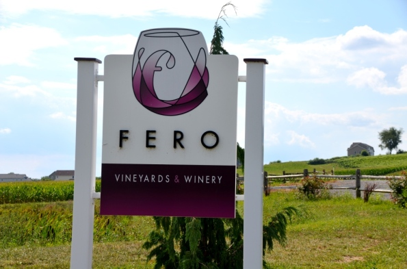 Fero Vineyards Sign