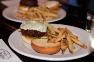 blackend angus burger blue cheese Tavern 489