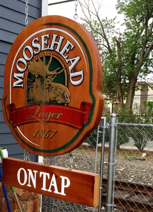 moosehead lager sign Tavern 489
