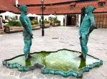 Peeing man sculpture kafka Museum