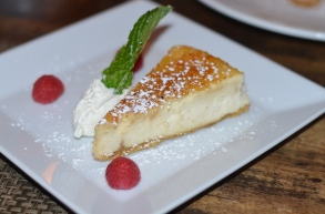 Bar Zepoli Cheese Cake Crème Brulee